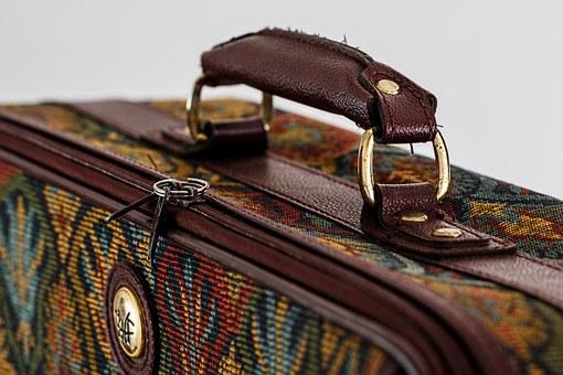 suitcase-468445__340[1]